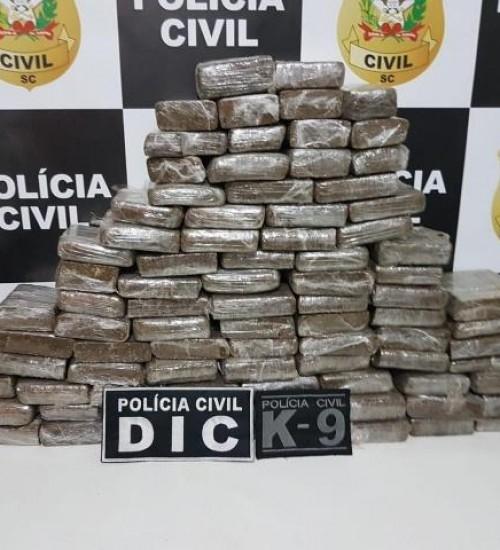 Investigação da Polícia Civil leva à prisão de um dos maiores traficantes de drogas, no Oeste.