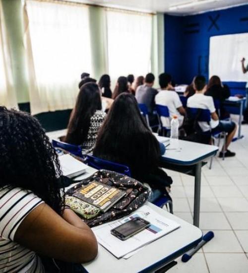 Santa Catarina terá 120 escolas estaduais com novo modelo de ensino médio em 2020.