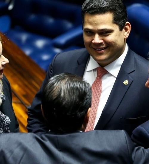 Senado pode concluir votação da Pec Paralela à Reforma da Previdência.