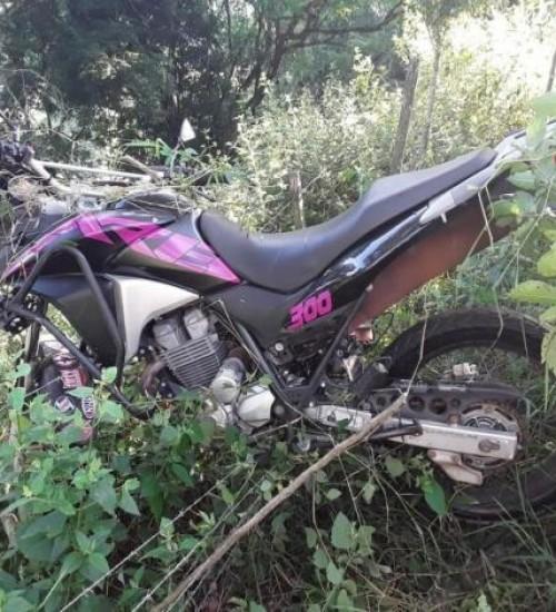 Acidente deixa dois jovens gravemente feridos em Guaraciaba.