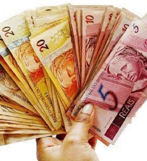 Congresso aprova mínimo de R$ 1.031 em 2020.