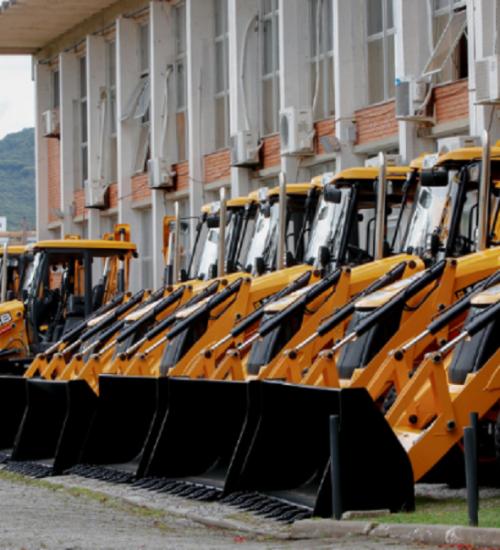 Municípios de Santa Catarina recebem mais 138 máquinas agrícolas.