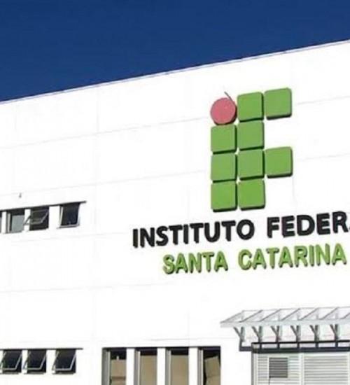Oportunidade IFSC abre inscrições para 4,7 mil vagas para qualificação profissional em 22 cidades.