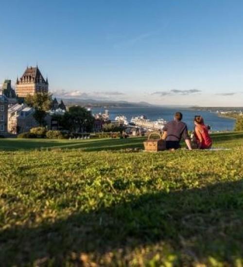 Agência no Canadá recruta brasileiros para quase 300 vagas de emprego