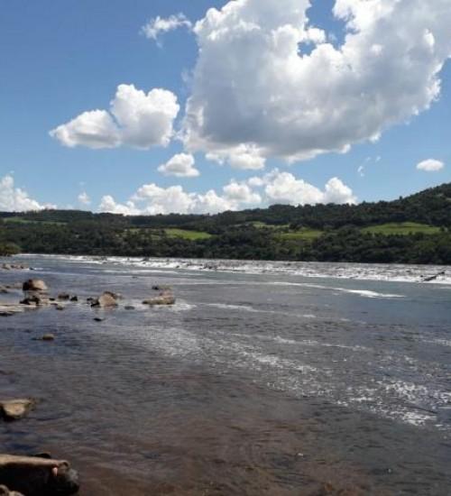 Jovem de 21 anos desaparece nas águas do Rio Uruguai em Itapiranga