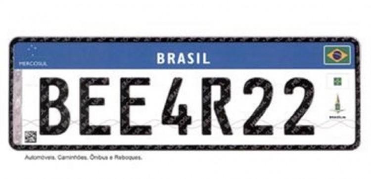 Novas placas de veículos serão obrigatórias a partir de 31 de janeiro.