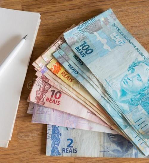 Para repor perdas com a inflação, governo eleva salário mínimo para R$ 1.045