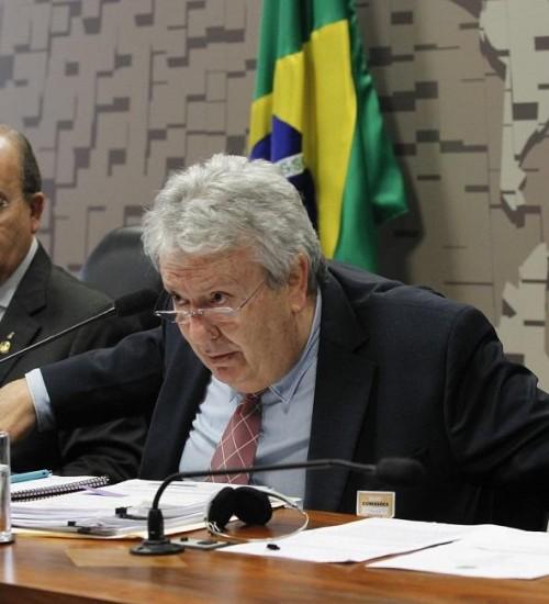 Dono da LaMia culpa controladora de voo por tragédia da Chapecoense: