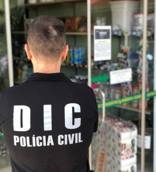 Fábrica ilegal de álcool em gel e álcool líquido é desativada em São Miguel do Oeste