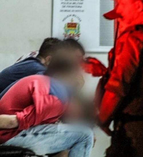 PM prende quatro homens por tráfico de drogas em São Miguel do Oeste.