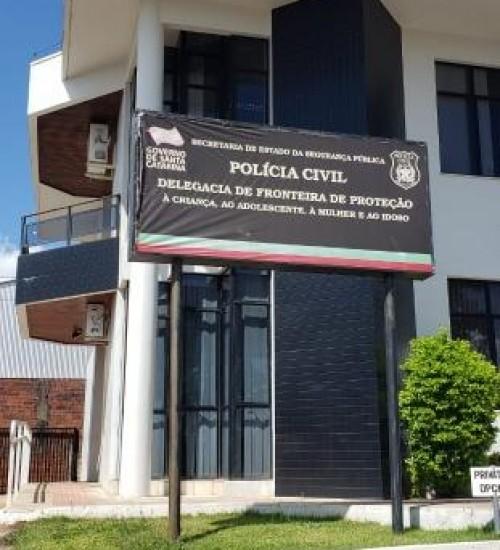 Polícia Civil prende homem de São Miguel do Oeste pela prática de crime de estupro contra a enteada