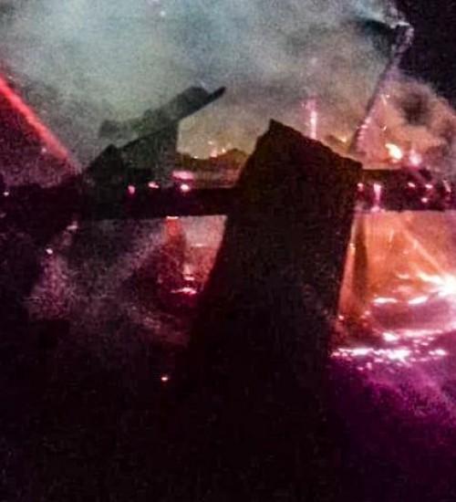 Incêndio destrói residência no interior de Descanso
