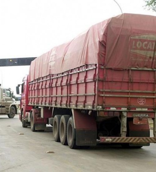 Mesmo em atividade, setor de transporte de cargas acumula queda de 38%.