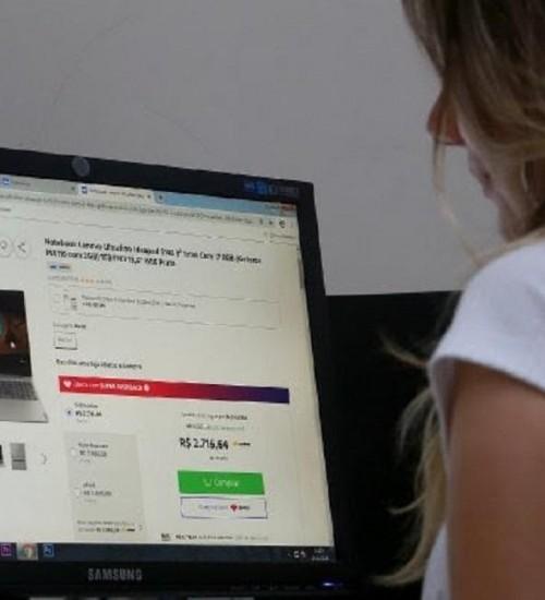 Procon SC registra aumento de 300% em reclamações por compras online.