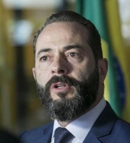 Procurador-geral de Justiça de SC detalha participação de agentes públicos no caso dos respiradores.