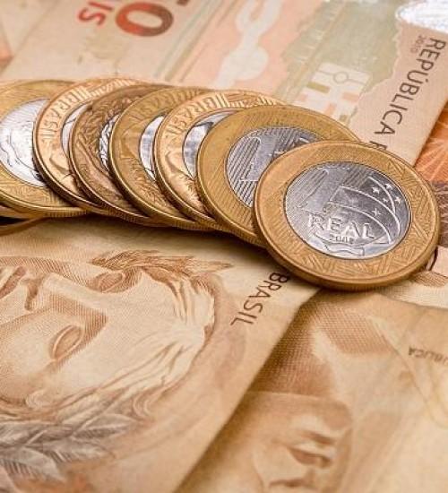 Senado aprova aumento do salário mínimo para R$ 1.045.
