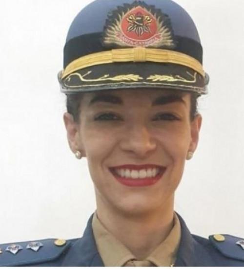 Corpo de Bombeiros Militar de SC tem a primeira mulher subcomandante de batalhão.