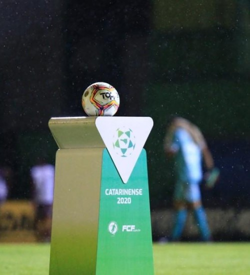 Em novo decreto, Governo nega retomada do Campeonato Catarinense antes de 5 de julho.