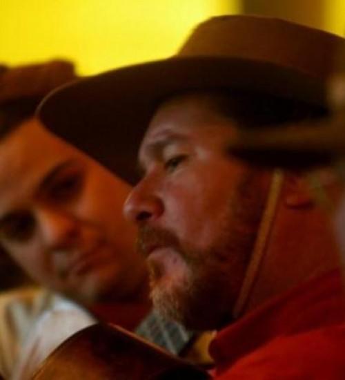 Morre cantor e compositor nativista Jorge Freitas.