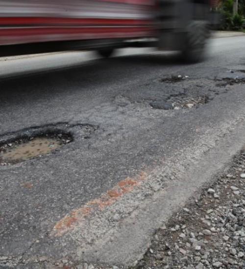 Projeto aumenta para 30% o investimento mínimo dos recursos do IPVA na manutenção de rodovias.