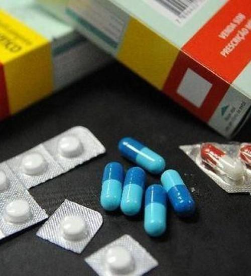 Governo zera tarifas de 34 remédios usados no combate à covid-19.