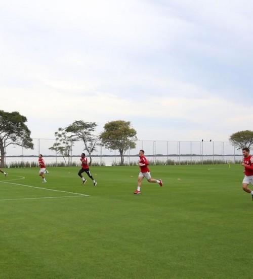 Inter anuncia que quatro jogadores foram diagnosticados com coronavírus.