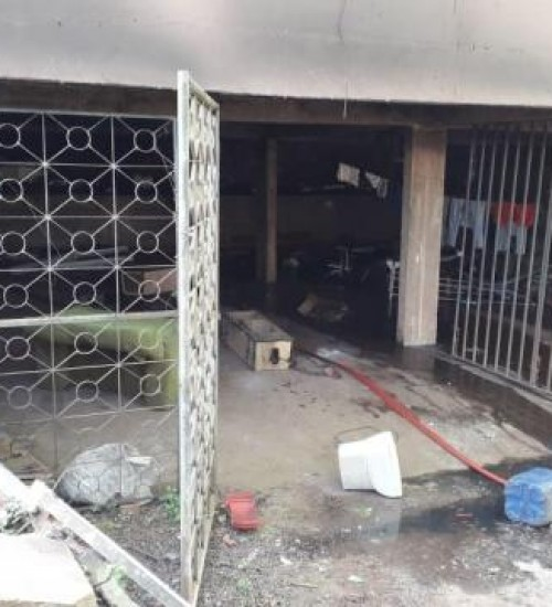 Incêndio atinge porão de residência em Itapiranga