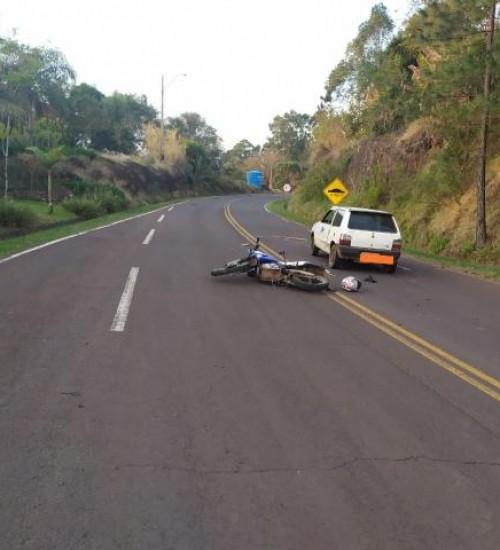 Acidente envolve cavalo e deixa motociclista ferido em Tunápolis