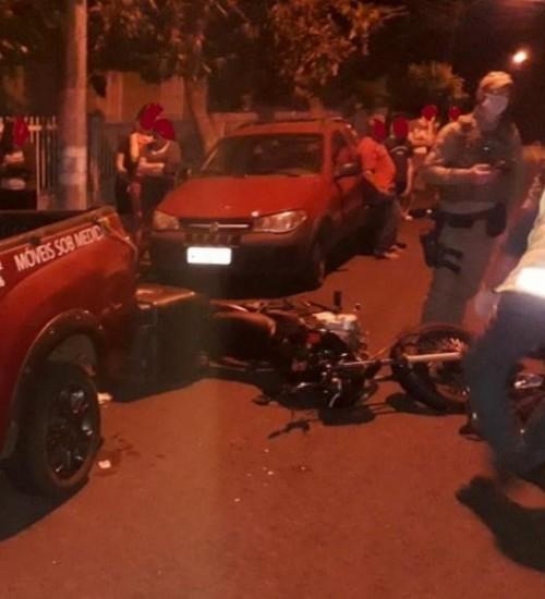 Motociclista gravemente ferida em colisão lateral em Itapiranga