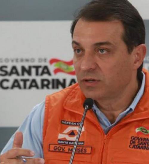 Polícia Federal irá investigar governador Carlos Moisés no caso dos respiradores, determina STJ