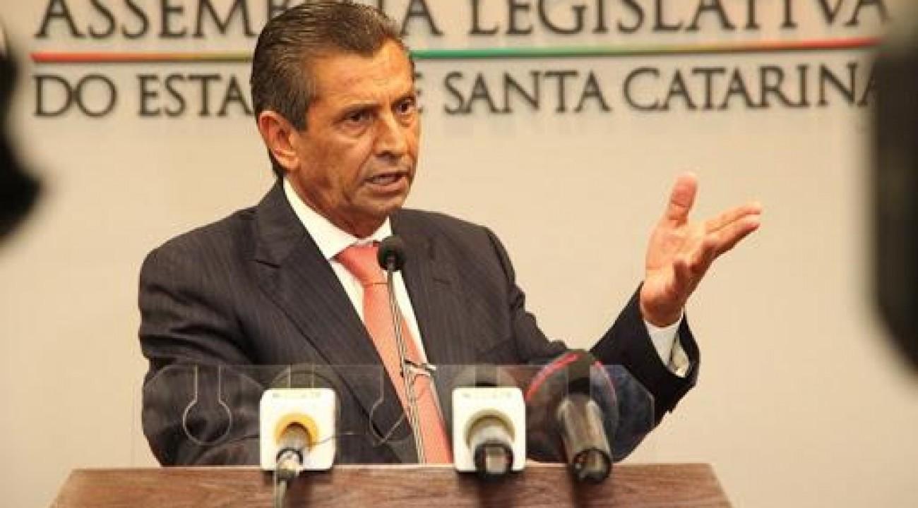 Alesc recebe novo pedido de afastamento de Julio Garcia