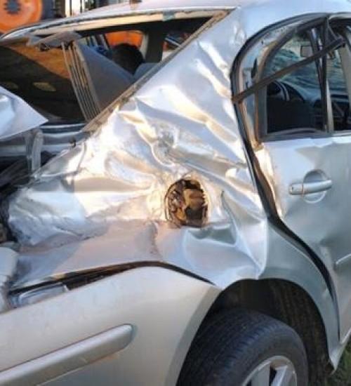 Cinco pessoas ficam feridas em acidente na BR 163
