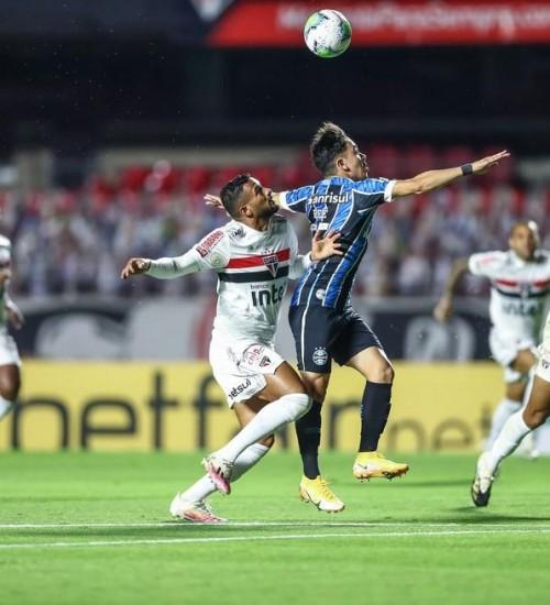 Em ofício, Grêmio pede áudios do VAR e dados de reunião antes de requerer anulação de empate
