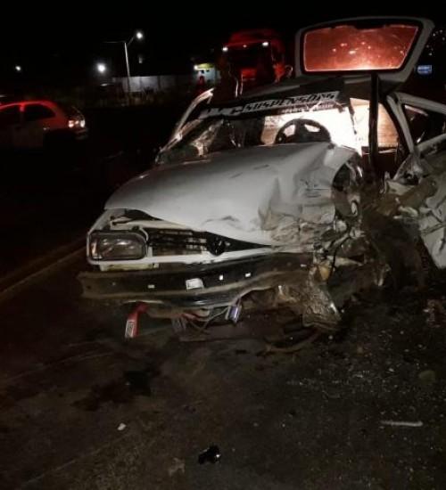 Homem fica gravemente ferido em colisão frontal na BR-282 em Maravilha