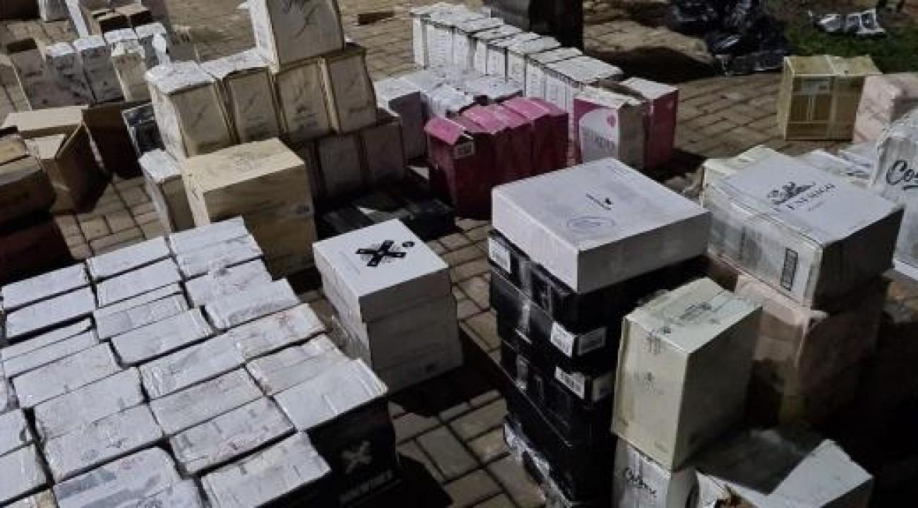 PF apreende 2.600 garrafas de vinho e prende quatro pessoas na fronteira