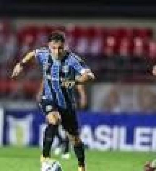 Vice do Grêmio vê arbitragem condicionada no empate com o São Paulo: