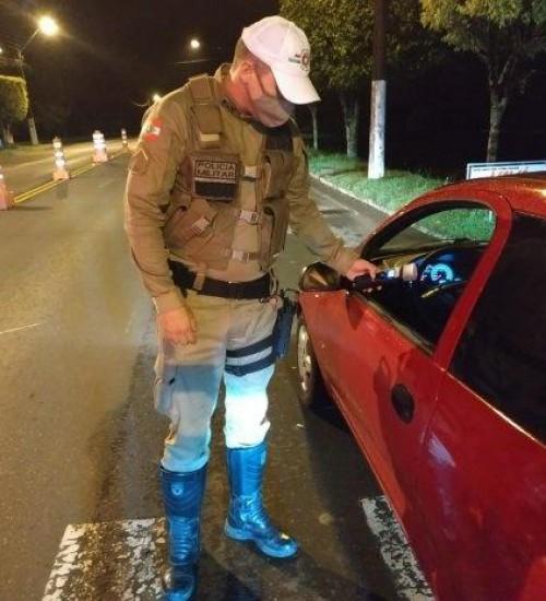 Forças de segurança se unem para reduzir violência no trânsito durante a temporada.