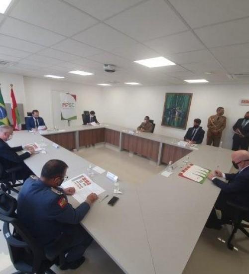 Governo do Estado e Ministério Público firmam convênio para fortalecimento das forças de segurança.