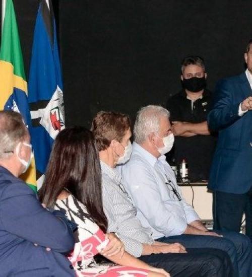 Governo e Celesc lançam etapa Sul de projeto que beneficia famílias de baixa renda.