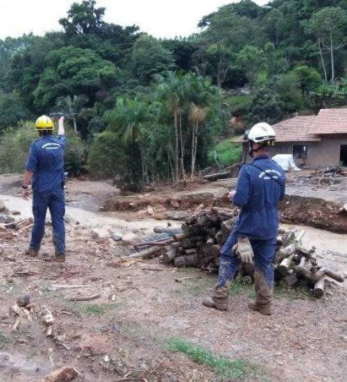Governo reconhece estado de calamidade em três municípios devido às chuvas em SC.
