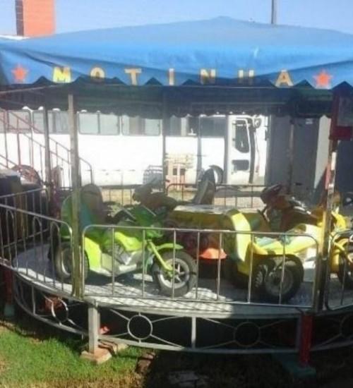 Adolescente morre em parque de diversões em SC.