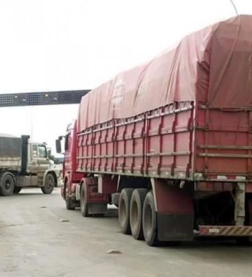Caminhoneiros organizam paralisação nacional contra alta nos combustíveis.
