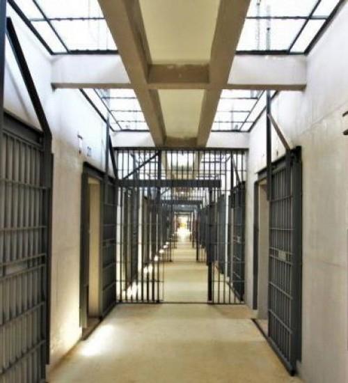 Governador autoriza chamamento de 327 policiais penais em SC.