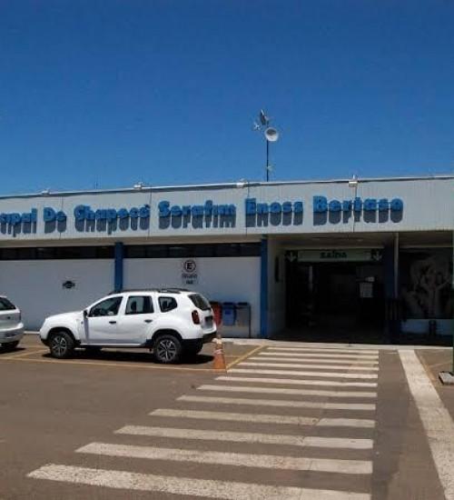 Prefeito de Chapecó determina revisão do processo licitatório do aeroporto.
