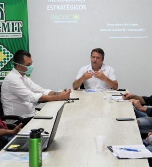 Reunião em Itapiranga reforça mobilização pela federalização de trecho da SC-163 e construção de ponte.
