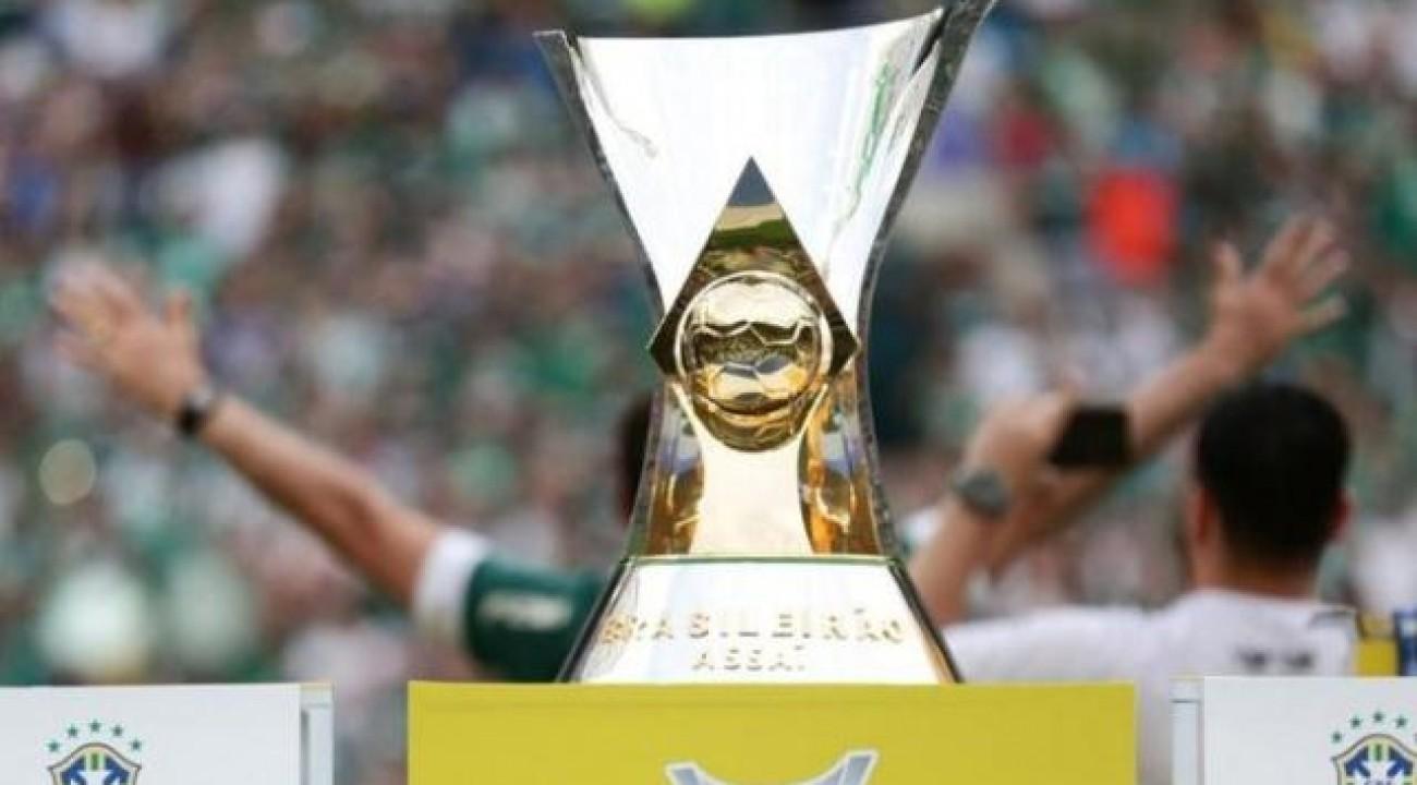 Com Flamengo e Inter na disputa, CBF levará troféus do Brasileirão para Morumbi e Beira-Rio.
