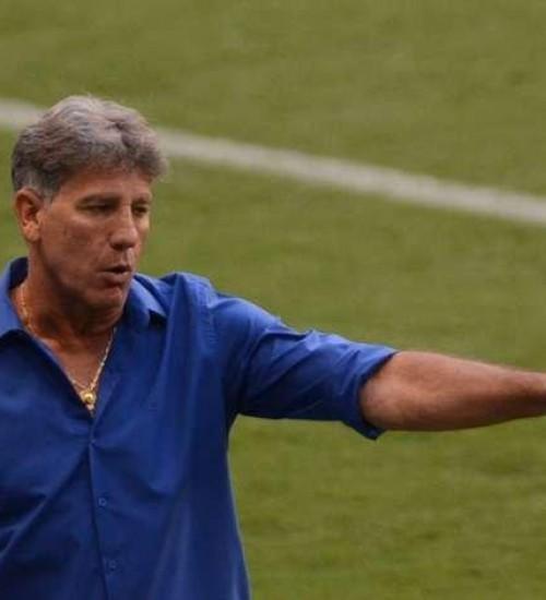 Grêmio adota o sigilo, mas há conversas com Renato Portaluppi pela renovação.