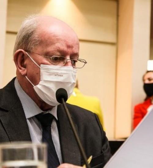 Iniciativa do Deputado Marcos Vieira leva recursos para a saúde dos municípios da Ameosc.