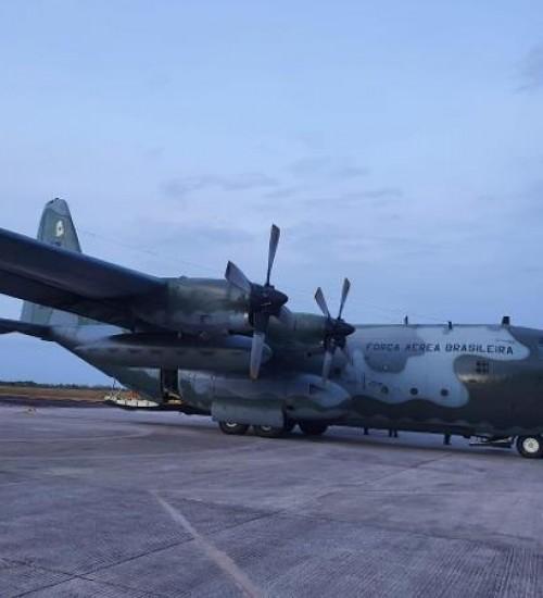 Polícia Federal investiga tráfico de drogas em aviões da FAB.