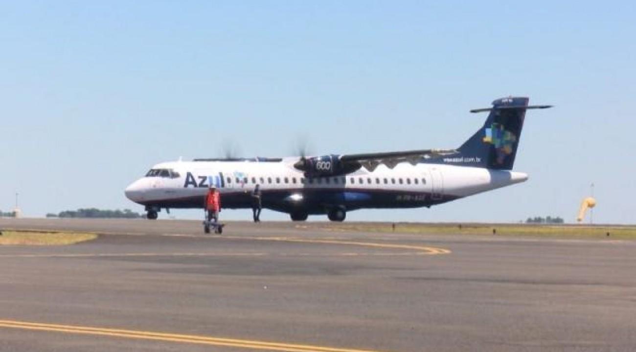 Audiência debaterá suspensão de voos entre Oeste e Florianópolis.